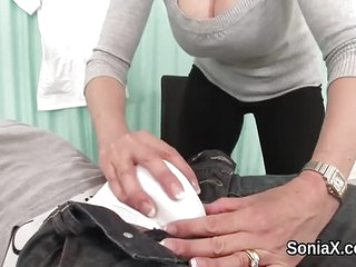 Adulterous british mature lady sonia displays he
