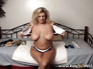 porn movies Busty MILF stuffing her lose pussy with golf balls